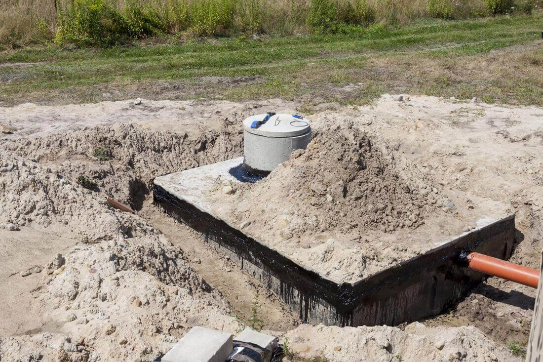 Septic Repair-Des Moines Septic Tank Services, Installation, & Repairs-We offer Septic Service & Repairs, Septic Tank Installations, Septic Tank Cleaning, Commercial, Septic System, Drain Cleaning, Line Snaking, Portable Toilet, Grease Trap Pumping & Cleaning, Septic Tank Pumping, Sewage Pump, Sewer Line Repair, Septic Tank Replacement, Septic Maintenance, Sewer Line Replacement, Porta Potty Rentals