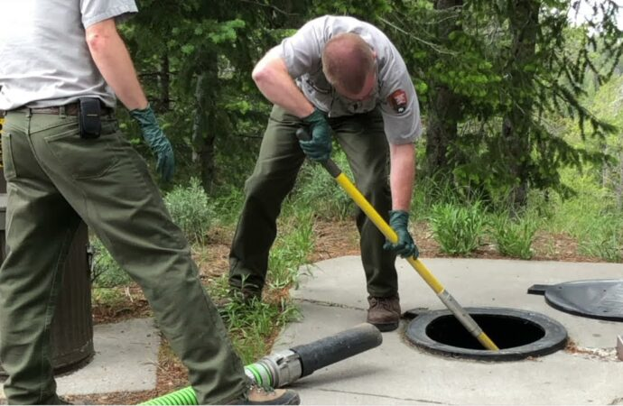 Carlisle-Des Moines Septic Tank Services, Installation, & Repairs-We offer Septic Service & Repairs, Septic Tank Installations, Septic Tank Cleaning, Commercial, Septic System, Drain Cleaning, Line Snaking, Portable Toilet, Grease Trap Pumping & Cleaning, Septic Tank Pumping, Sewage Pump, Sewer Line Repair, Septic Tank Replacement, Septic Maintenance, Sewer Line Replacement, Porta Potty Rentals